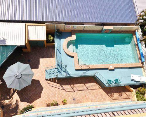sunshine-towers-resort-pool-facilities-1